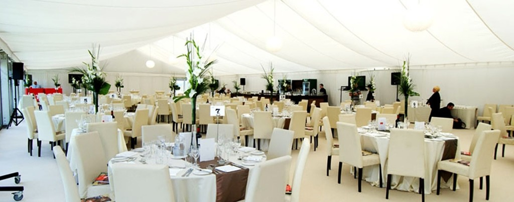 Bright,-light,-contemporary-wedding-marquee