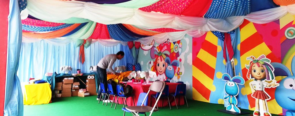 Fancy patchwork quilt draping for live event